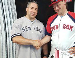 Yankees Fan in der Tube, der unbedingt mit Herr Schnute ein Foto machen wollte.